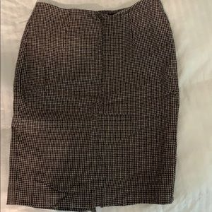 Hugo Boss pencil skirt, size small